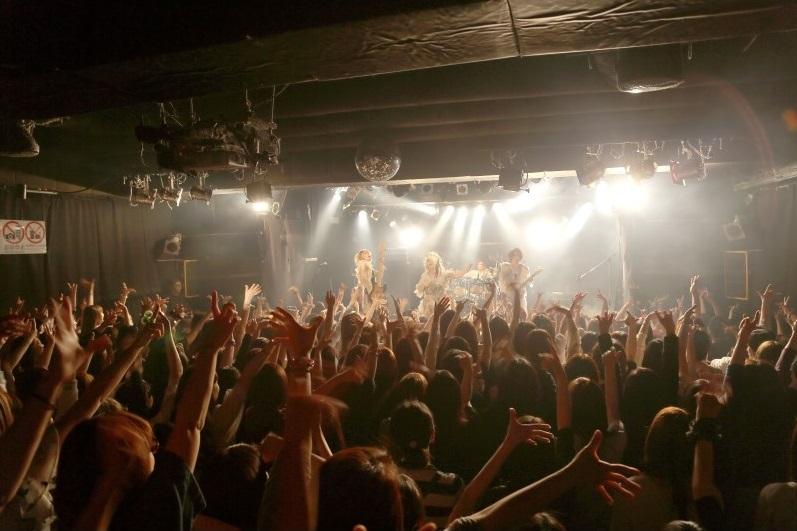1.Live全景